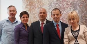 Familie Rahbar und Team