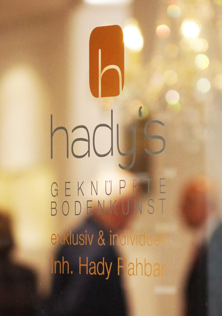 Dialog mit Kunden im hady's Teppichhaus in der Bocholter Innenstadt